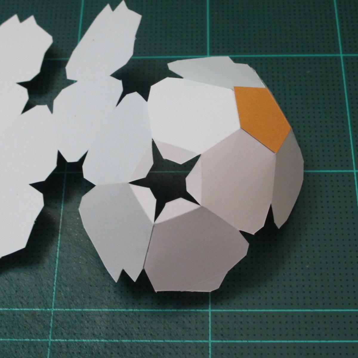 วิธีทำโมเดลกระดาษหมีบราวน์ชุดบอลโลก 2014 ทีมบราซิล (LINE Brown Bear in FIFA World Cup 2014 Brazil Jerseys Papercraft Model) 004