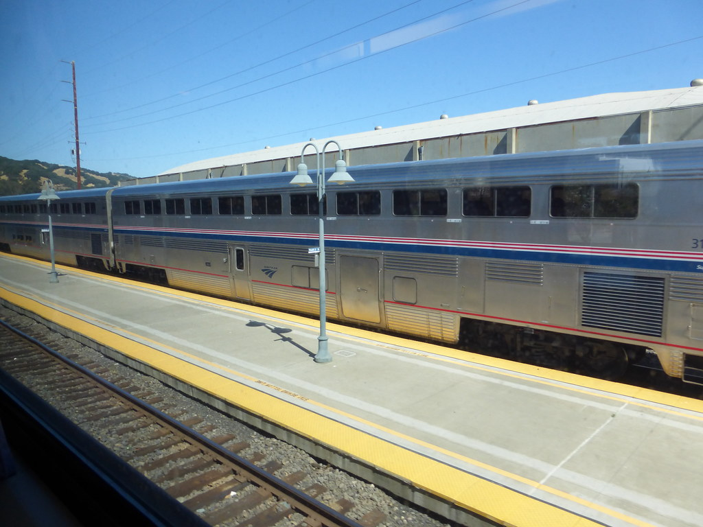 Superliner Baggage Cars? - Amtrak Rail Discussion - Amtrak Unlimited ...