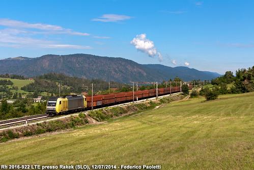 mountains train montagne diesel merci siemens railway zug slovenia porto bahn plain stazione treno freight hercules carri koper pianura ferrovia locomotiva 922 carbone er20 lte sž rakek slovenskeželeznice rh2016