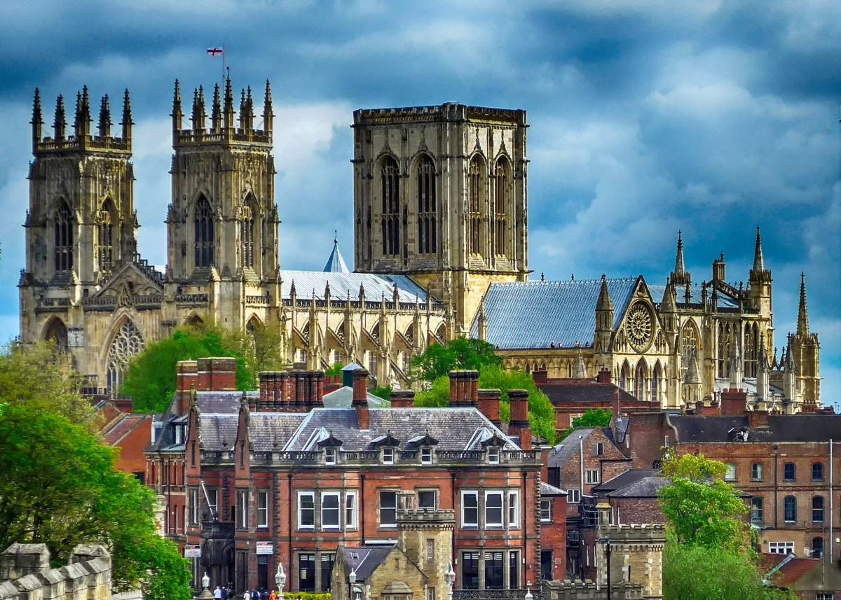 York Minster – the Magnificent Medieval Cathedral of