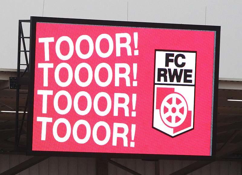 26.11.2016 FC Rot-Weiss Erfurt - Chemnitzer FC 1-2_31