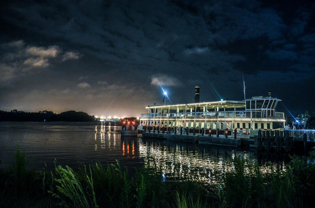 Ferry boat higher