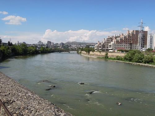 トビリシ市内の川
