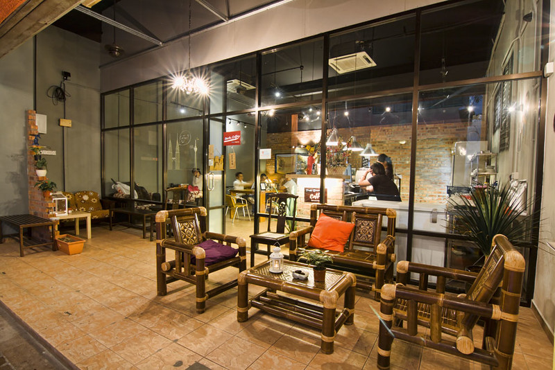 bricks-coffee-the-place-damansara-perdana