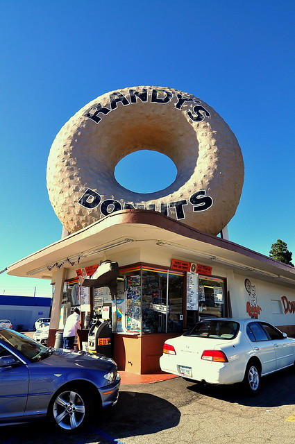Randy's Donuts - Inglewood - Los Angeles