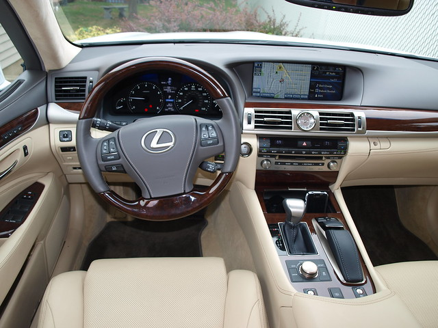 2013 Lexus LS 460 AWD
