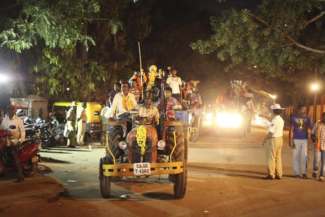 L'arrivée des tracteurs en continu