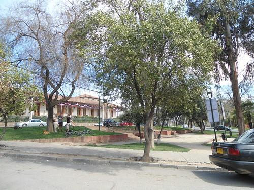 La Plaza San Enrique, El Arrayán, Lo Barnechea, Santiago, Chile 2013 - www.meEncantaViajar.com by javierdoren