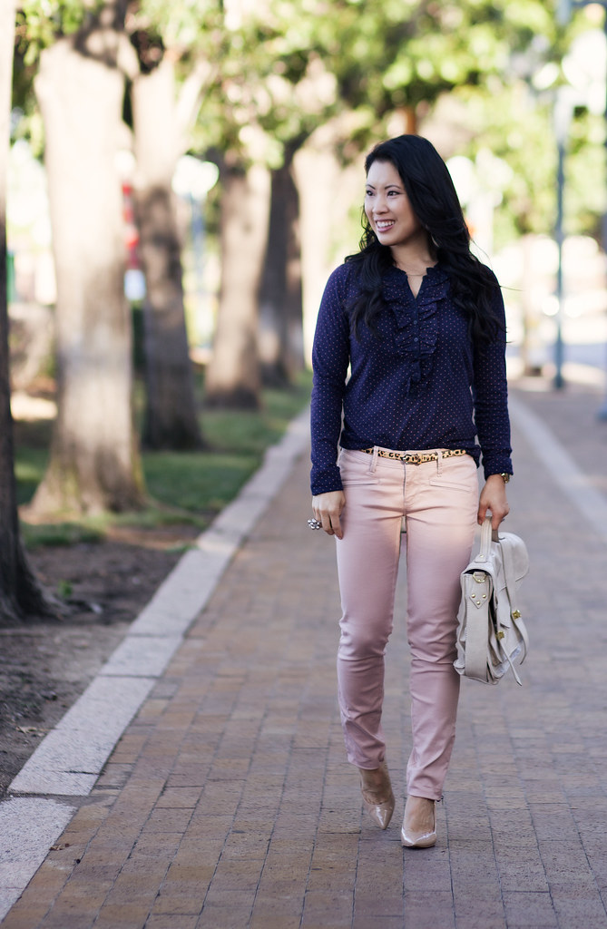 loft polka dot navy ruffled top, loft moto pink pants, leopard belt, nude pumps, cream satchel outfit #ootd