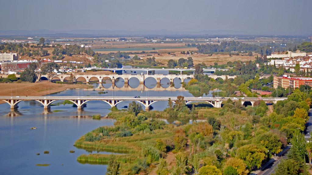 14. El río Guadiana a su paso por la ciudad. Autor, ÁlvaroBá