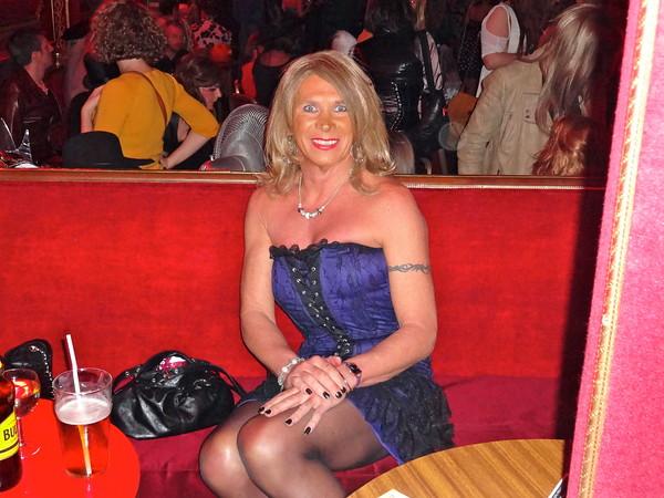 bordel escort transvestit dating