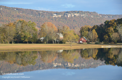 Reflections of Fall - Flinstone Barn and Lookout Mountain