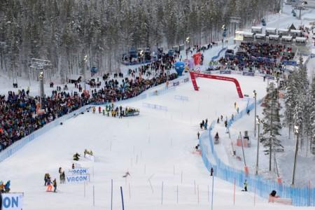 SP 2013/14: první slalom žen - nejenom vítr v Levi