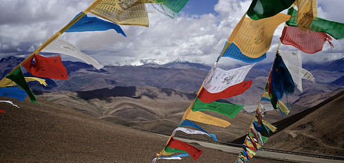 travel cloud mountain montagne landscape asia view desert outdoor plateau altitude hill peak tibet tibetan 中国 himalaya paysage himalayas chine 50mmf14 xizang tibetanflags