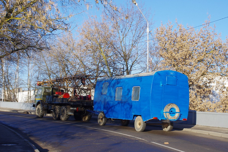 KAMAZ derric truck +workmen's shelter - cars in Belarus