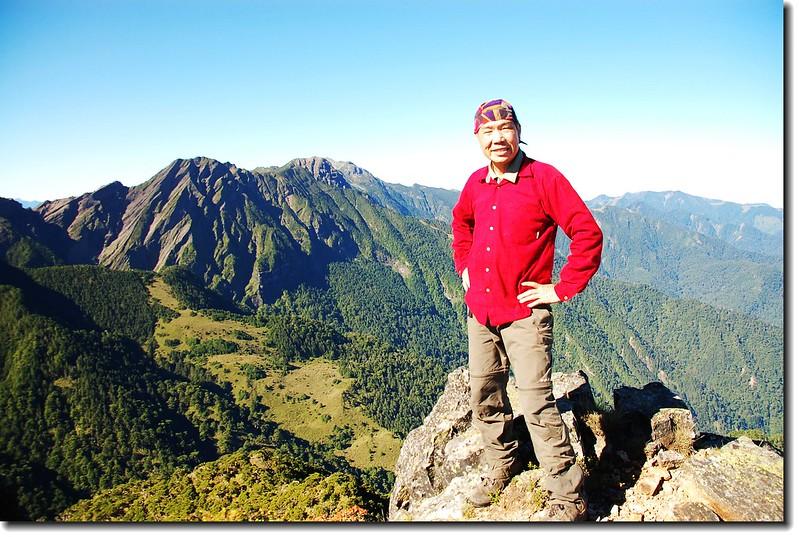 小霸尖山山頂(Elev. 3418 m) 2