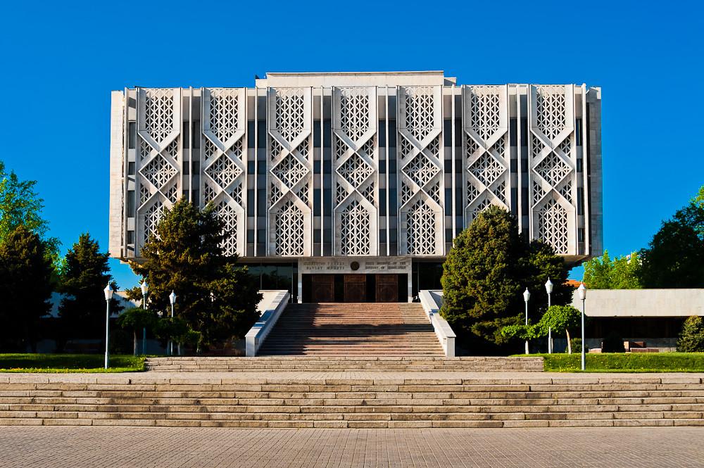 Картинки по запросу state museum of history of uzbekistan