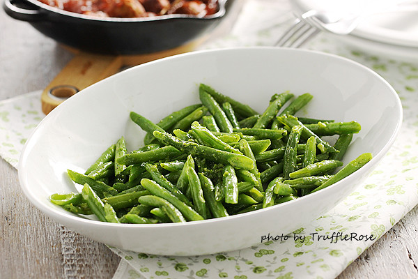四季豆和開心果青醬 Green beans with pistachio pesto-20131206