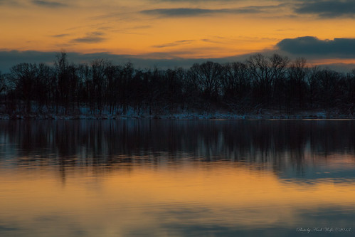Sunrise at Pickerington Ponds by andiwolfe