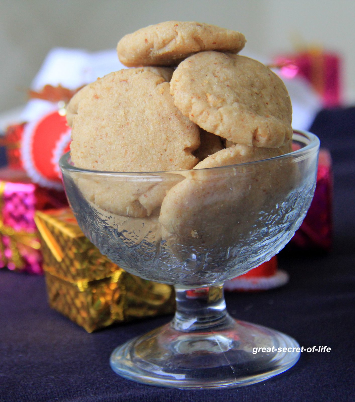 Whole Wheat Almond cookies - Eggless Cookies Recipe ...