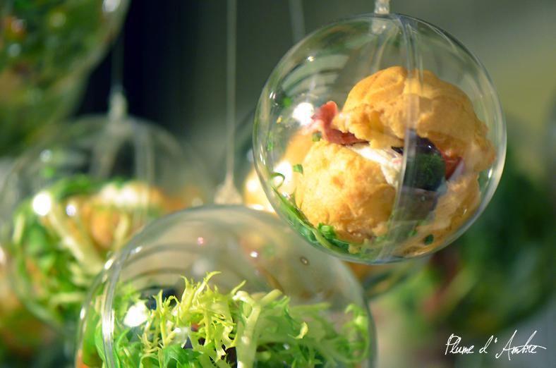 Boules de noël en repas