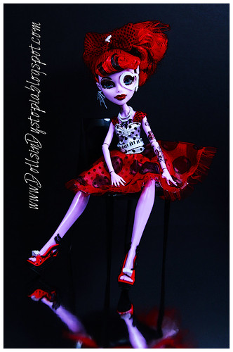 Tiny Dancer by DollsinDystopia