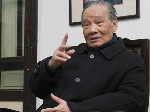 Nguyên Ủy viên Bộ chính trị Vũ Oanh.
