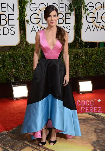 golden-globes-2014-sandra-bullock-red-carpet__oPt