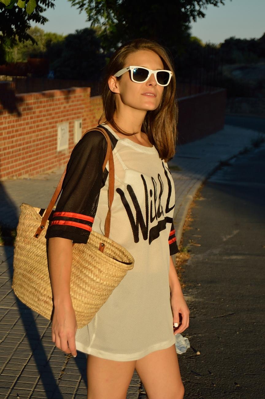lara-vazquez-madlula-blog-style-fashion-wild-tee