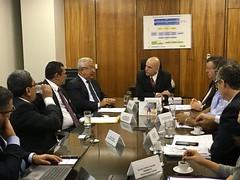 Secretário Marcelo Caetano em reunião com o governador de Sergipe, Jackson Barreto Lima 9.nov.2016
