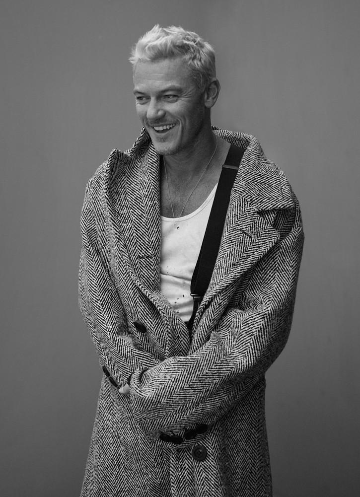 Люк Эванс — Фотосессия для «Interview» 2016 – 5
