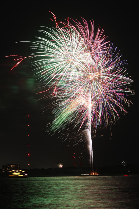 web_fireworks_0120