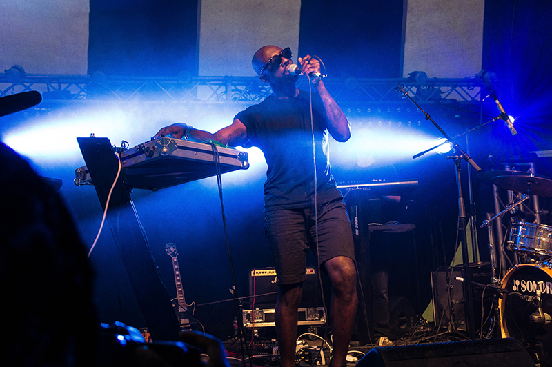 LOVEBOX - Ghostpoet 2 | www.latenightnonsense.com
