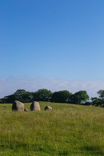 sunrise scotland druid bronzeage standingstone wigtown torhousestandingstones sdgiere