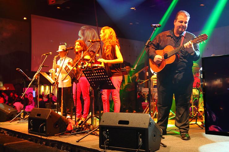 Spanish-Live-Band