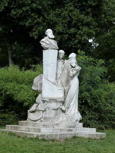 monument parc monceau