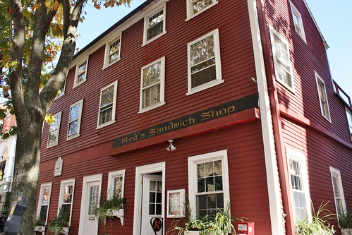 red-sandwich-shop-salem-massachusetts