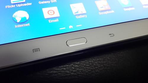 ปุ่มต่างๆ บน Samsung Galaxy Note 10.1 2014 Edition