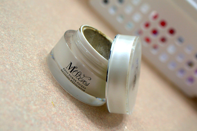 M.Steves Reviving Exfoliator