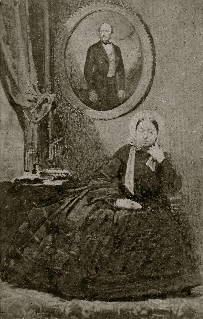 Queen Victoria Mourning Prince Albert Albumen Carte De Visite Circa 1862