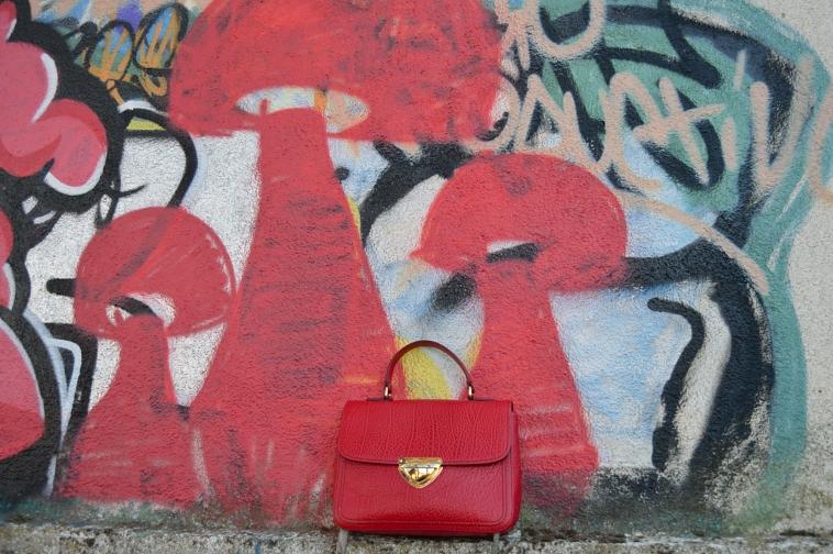 lara-vazquez-madlula-details-red-rojo-bolso-purse