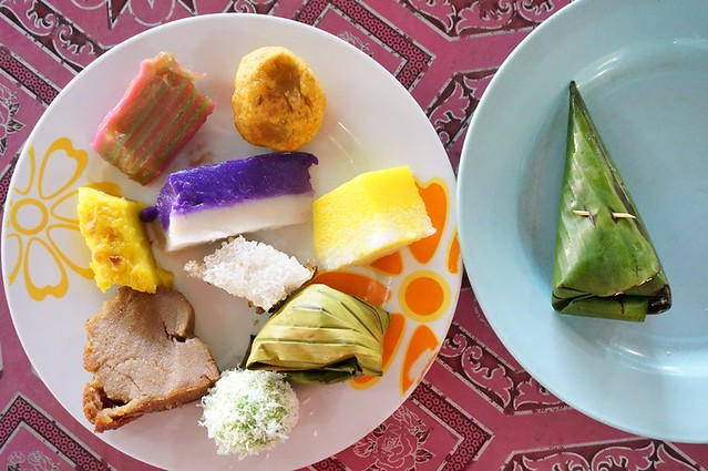 malay nyonya kuih in melaka - Perhentian kuih kampong-007