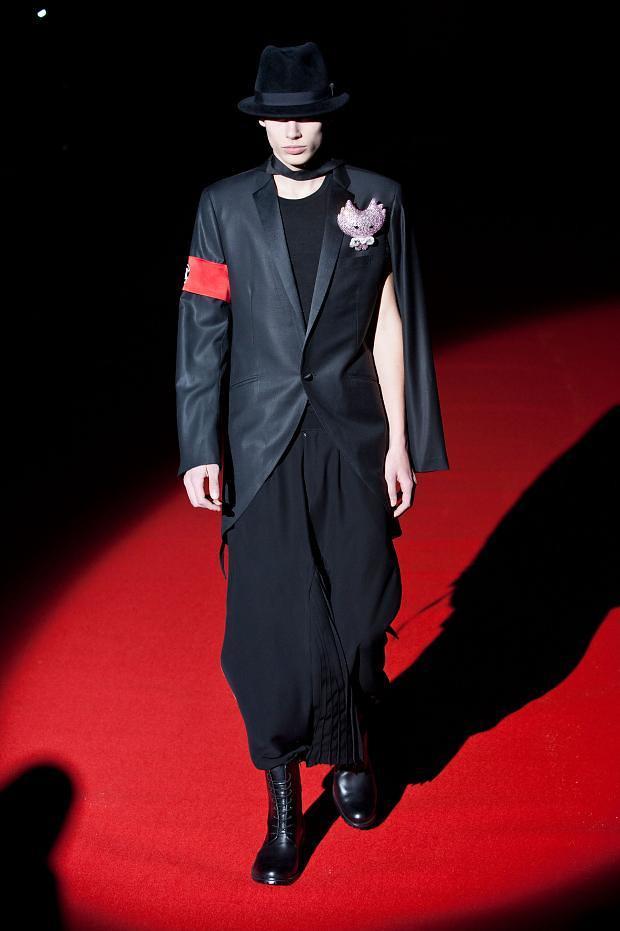 Marc Schulze3011_FW13-14 Paris Rynshu(fashionising.com))
