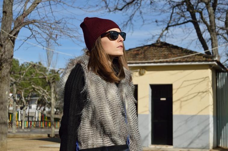 lara-vazquez-madlula-blog-burgundy-beanie