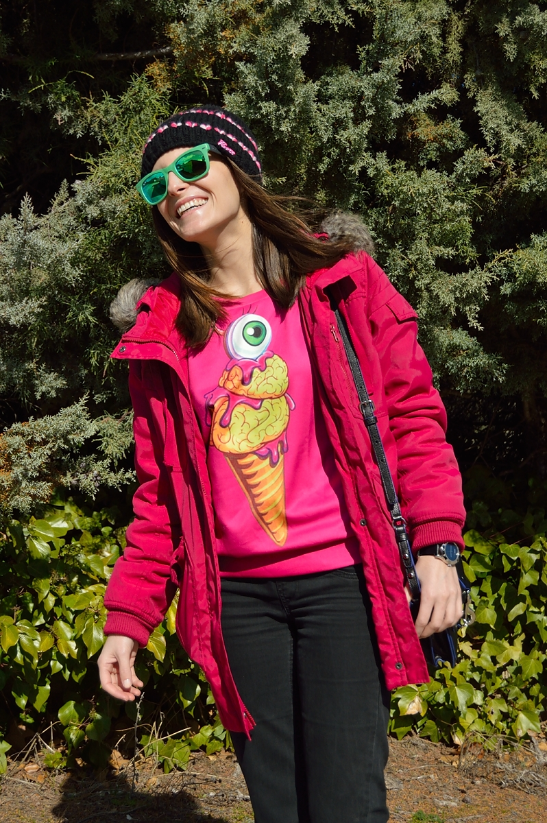 lara-vazquez-madlula-blog-fucsia-sweater-ice-cream-sheinside-winter-casual-look