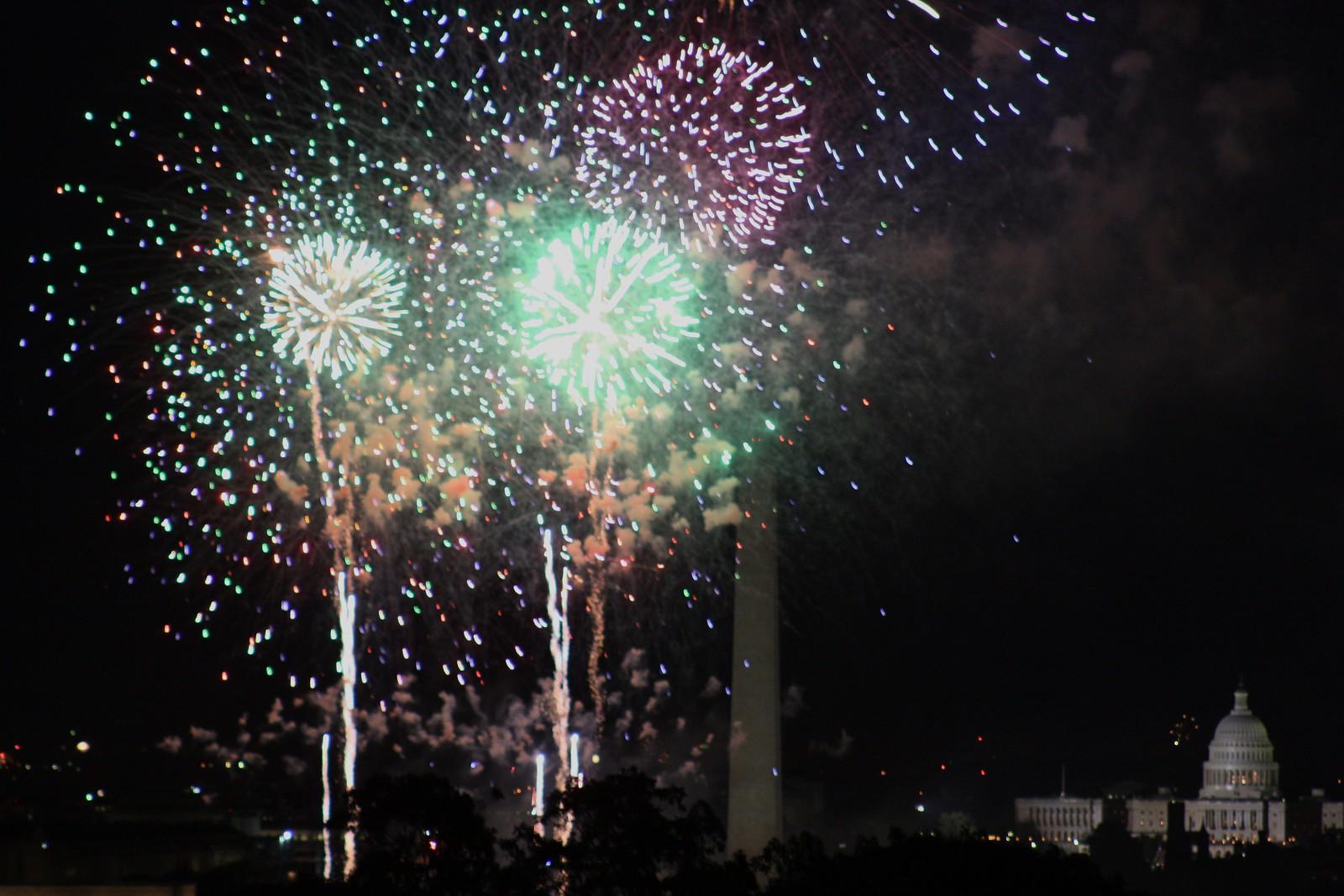Fort Myer Fireworks II