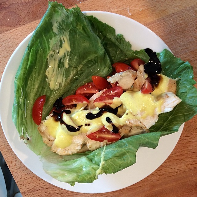 Day 5, #Whole30 - lunch (chicken lettuce wrap with tomatoes, bacon mayo, and balsamic glaze)