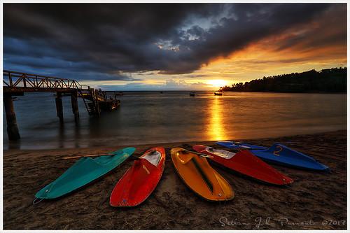 lombok sky sunset senggigi silence tranquil serene serenity lonely beach tree tanjung cloud blue tropic tropical sun canoe kano bridge port