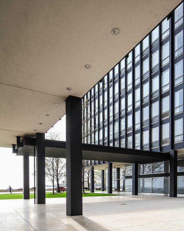 860-880 Lake Shore Drive, Chicago - Mies van der Rohe