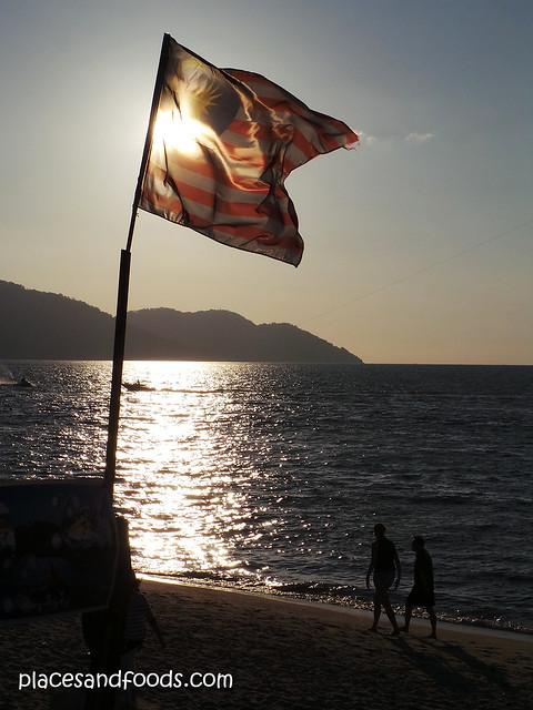 parkroyal penang batu ferringhi beach evening